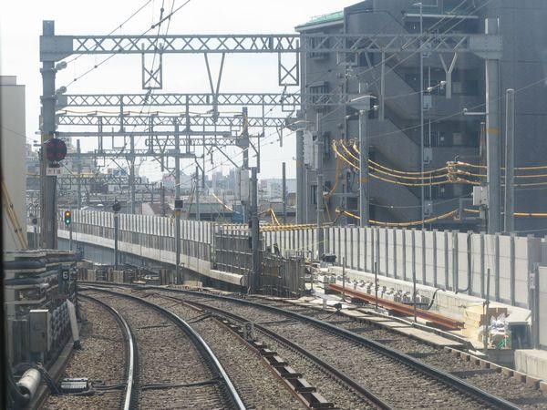 平和島駅横浜方の新旧切り替え地点を下り列車の先頭から眺める。