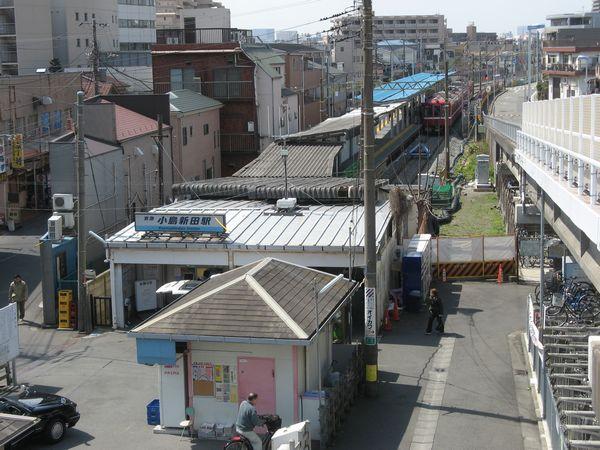 京急大師線の終点、小島新田駅。