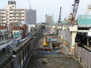 下り線が仮線に移動した直後の京急蒲田駅