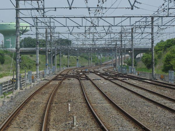 印旛日本医大寄りのポイントが増設された印西牧の原駅。下り列車の前面展望。2010年6月12日撮影