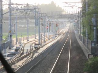 JR成田線上り列車から見た新根古屋信号場。