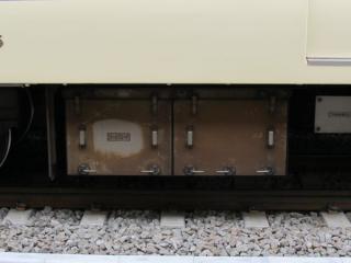 同じく床下に搭載されたD-ATS-Pの機器箱