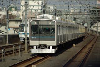 千歳船橋駅付近の複々線区間。
