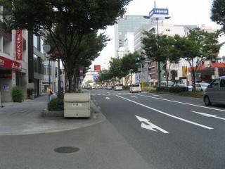 東天満交差点から先の国道1号線(曽根崎通)