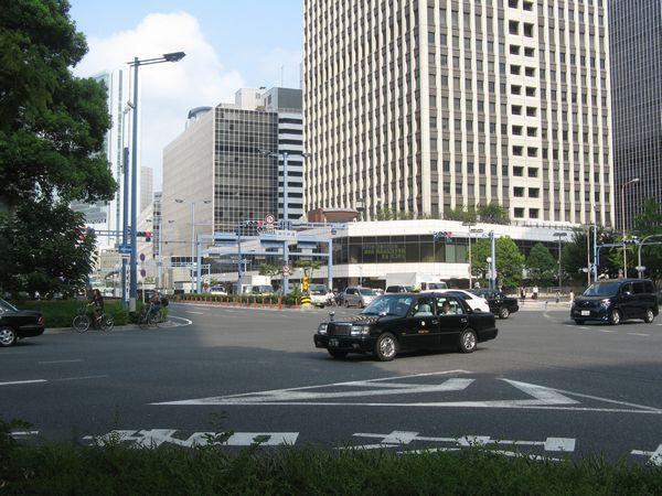 梅田新道交差点