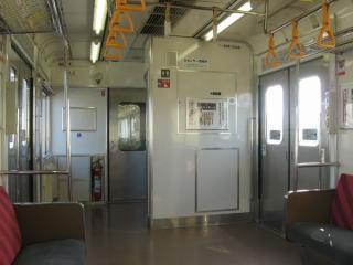 石巻側先頭車クハ205形3100番台の車椅子対応トイレ