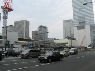 解体作業がほぼ終わった旧大丸東京店
