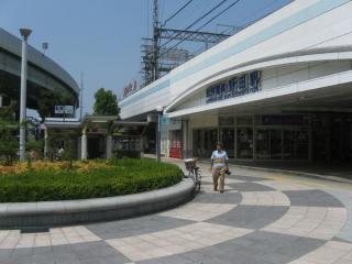 阪神電鉄野田駅前にある地下鉄野田阪神駅4号出入口