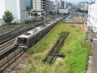 京橋駅尼崎方のJR東西線トンネル入口