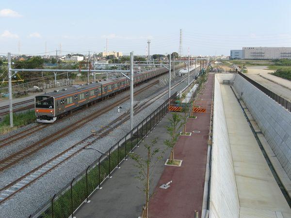 武蔵野線吉川美南駅建設現場