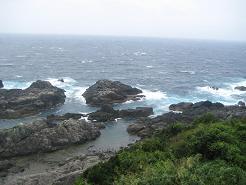 潮岬灯台より