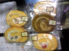 (1)ロールケーキ