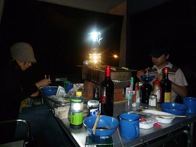 キャンプ晩飯風景