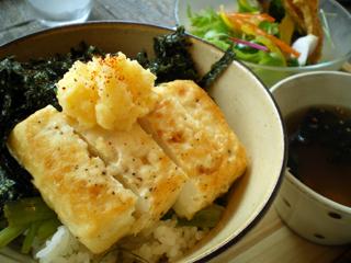 豆茶_豆腐ステーキ丼