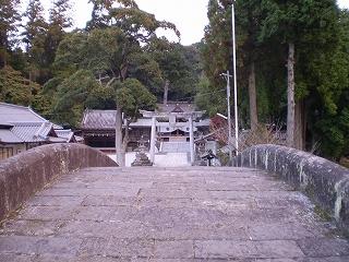 西寒多神社(参道)