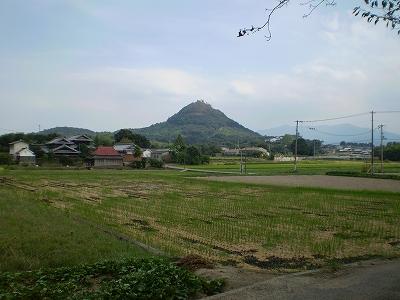天野神社から観た白山