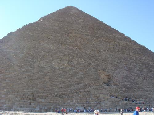 クフ王のピラミッド-2