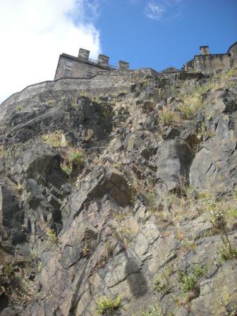 エジンバラ城天然要害
