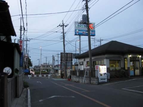 旧日光街道・堤根(南)交差点付近