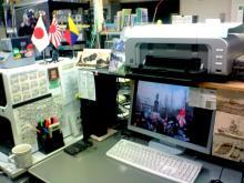 work_desk_e.jpg