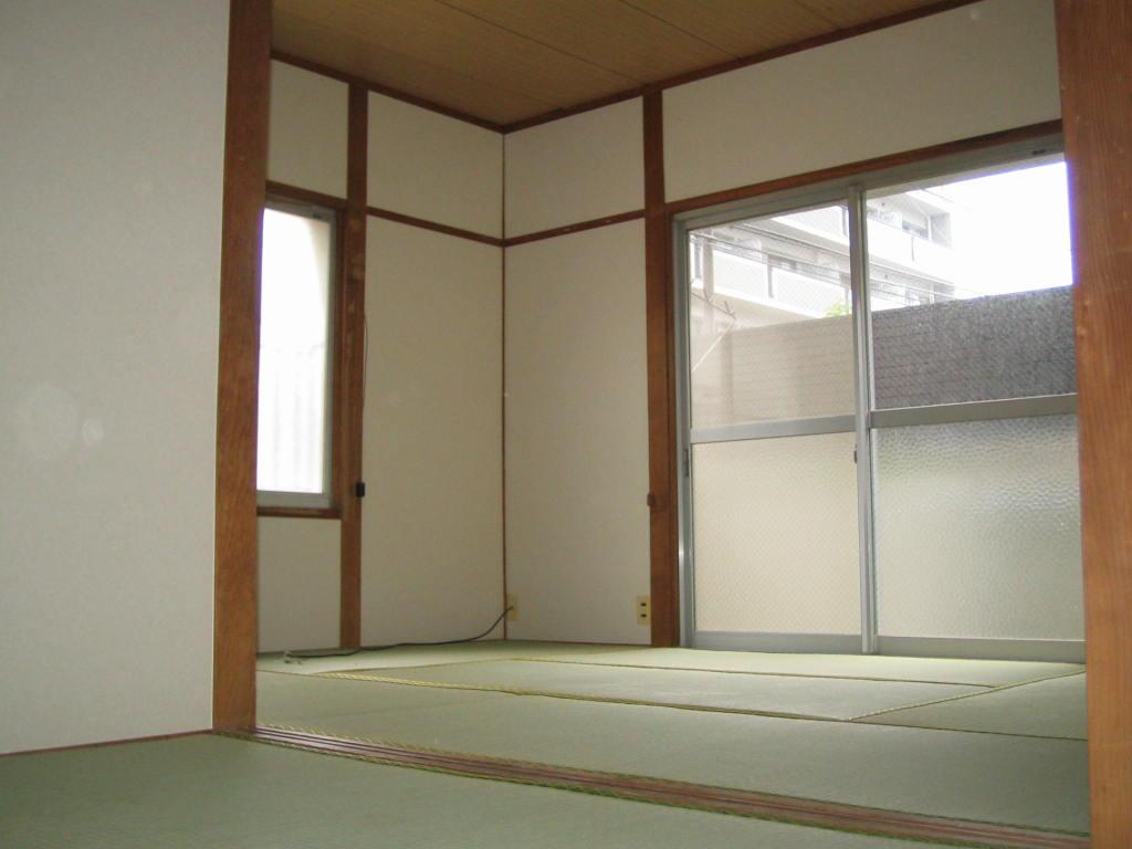 佐藤アパート和室
