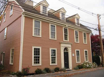 marblehead_old_house02_1.jpg