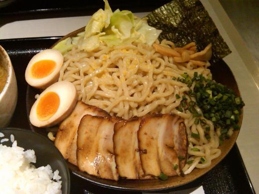 ramen_sq_sakuramichi03.jpg