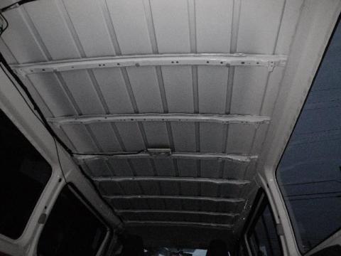 天井全部剥がす