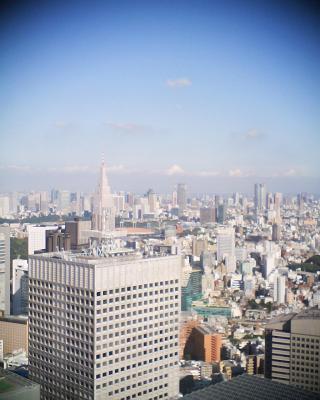 東京タワーと月:R2