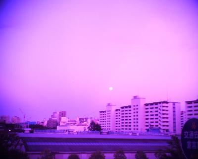 月の出が真っ赤に!R2