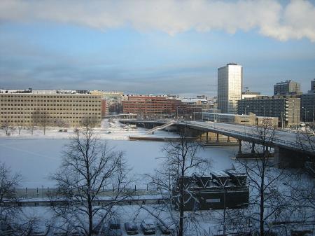 800px-Merihaka_Hakaniemen_silta_Helsinki.jpg