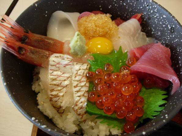 DSCN5204海鮮丼