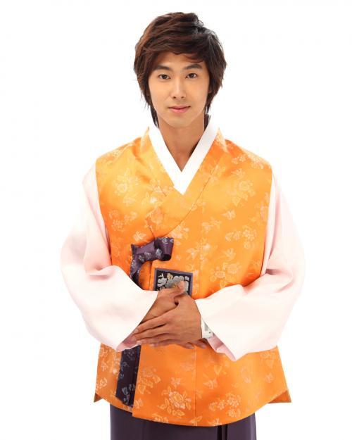 ユノ韓服2