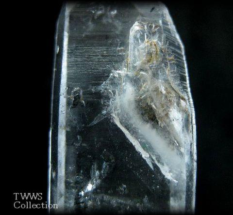 水晶_中国1貫入