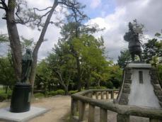 清洲公園信長像濃姫像