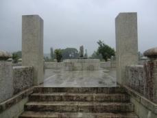 鳥居強右衛門の碑新昌寺