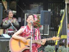 長トラ誕生祭1やす子ギター