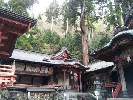 榛名山神社本殿03