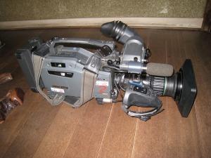 2009.11.26.、tss・テレビ新広島「人気もん」・取材、「TVカメラ」、