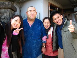 2009.11.26.、tss・テレビ新広島「人気もん」・取材、「記念撮影」・「僕」、
