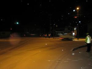 2009.12.18.吹雪の夜の交通安全啓蒙活動、神石郡交通安全協会、