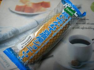 Pasco・敷島製パン「風に吹かれて豆腐屋ジョニーロール」、
