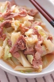 キャベツと豚肉のナンプラー炒め