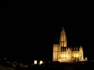 めのまえの大聖堂