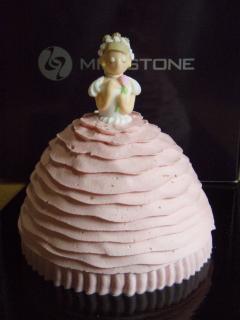 クロの母さんからプリンセスケーキ