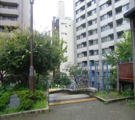 tokyo chiyoda ku miyamoto park 20090727 04_R