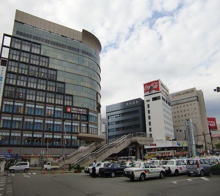 nagano shi nagano sta mae saki01 zenkoji 20090902 02_R