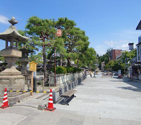 nagano shi zenkoji near02 20090902_R