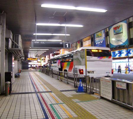 shinjuku highway bus  20100414 03_R