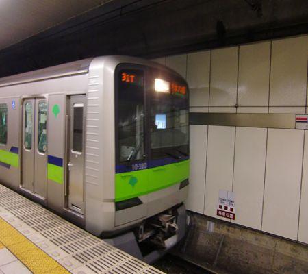 toei shinjuku line 20100503_R